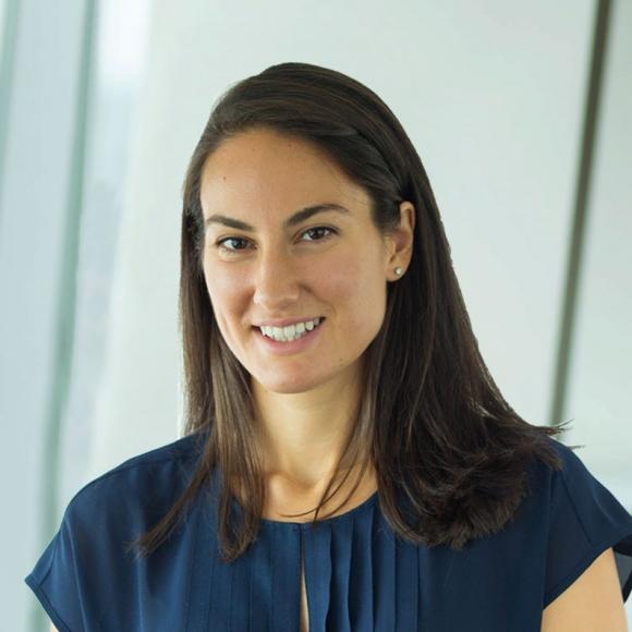 Lauren Apuzzi